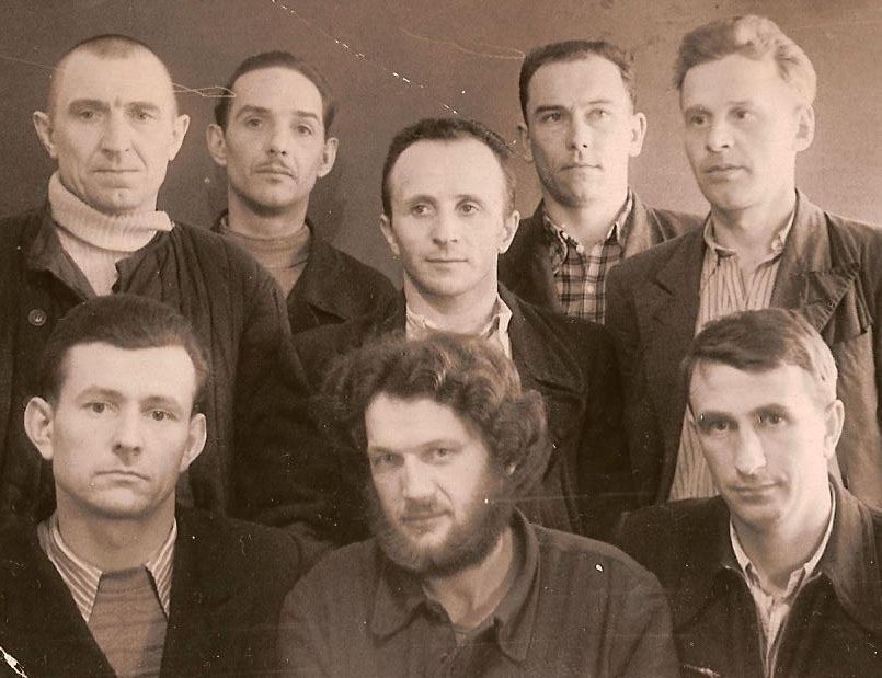 Antanas Petrikonis (front row, middle) with other prisoners in the Ozerlag in 1958