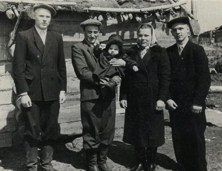 An Estonian family in Siberia